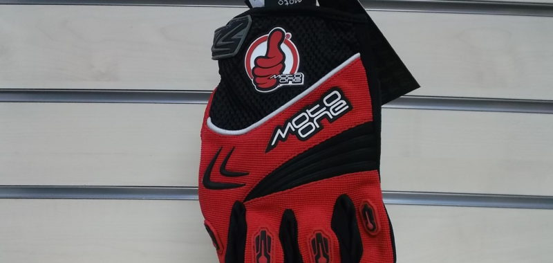 Moto One M1-GM-1110 colore rosso e nero